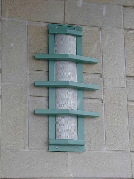 Decorative metal custom wall sconce lighting unit with powder coat finish paint