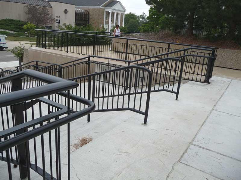 Ovation aluminum railing system. Fully welded aluminum railing systems.