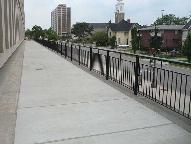 Ovation aluminum railing system by Couturier Iron Craft, Inc.