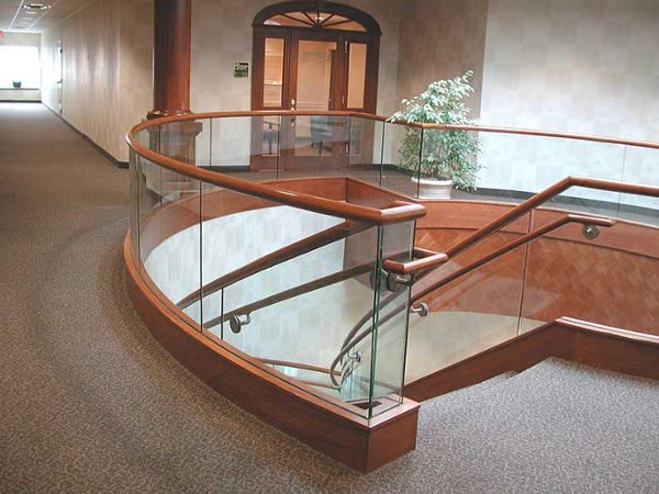 Flowing lines on curved decorative stair