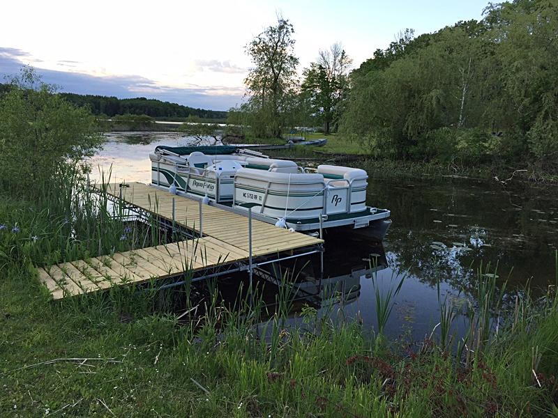 Lakefront-dock